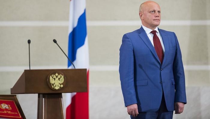 Владимир Путин уволил губернатора Омской области. Строить дороги надо было, Назаров