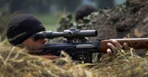 Русские снайперы охотятся на офицеров карателей в Донбассе, сеют панику укроСМИ