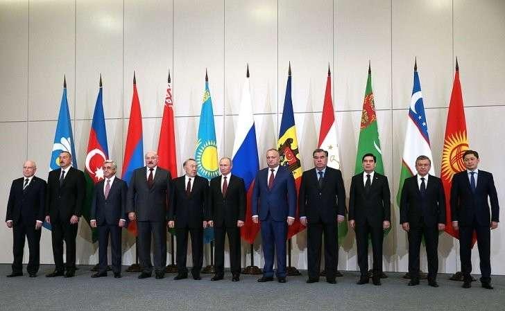 Участники заседания Совета глав государств– участников Содружества Независимых Государств.