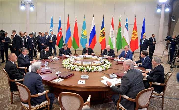 Заседание Совета глав государств– участников СНГ вузком составе.