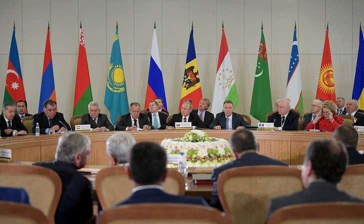 Заседание Совета глав государств СНГ врасширенном составе.