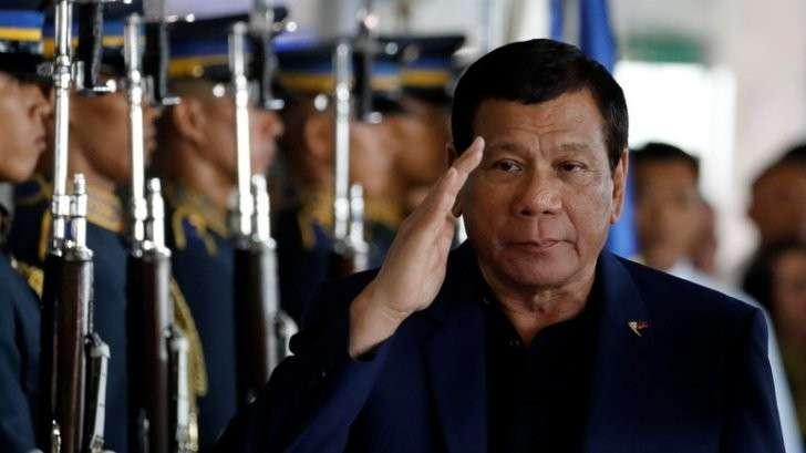 Россия подарила Филиппинам пять тысяч автоматов Калашникова,PS
