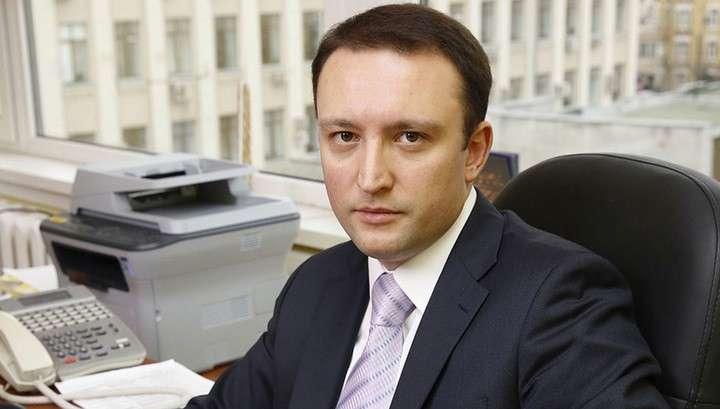 Арестованы пресс-секретарь Роскомнадзора и двое чиновников