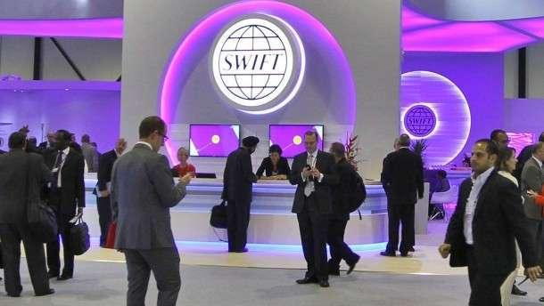 Великобританские балбесы предлагают отрезать Россию от банковской системы SWIFT