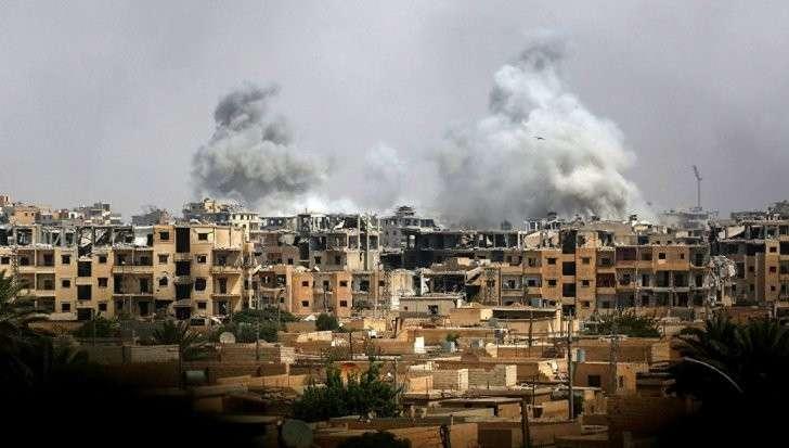 Сирия: Курды приступили к решающему штурму Ракки, предварительно выпустив ИГИЛ
