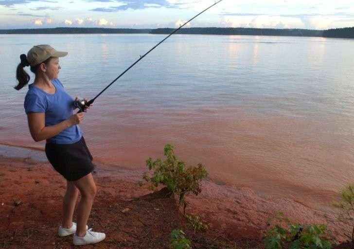 Если бы не соседка, я так бы и не узнала, что мой муж делает на рыбалке