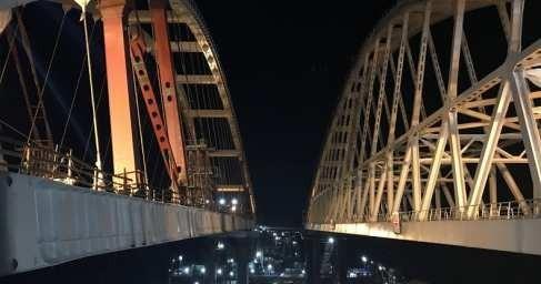 Крымский мост: Украинская истерика разбивается об арку моста