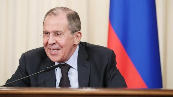 Сергей Лавров выступает на форуме молодых дипломатов в Сочи. Прямая трансляция