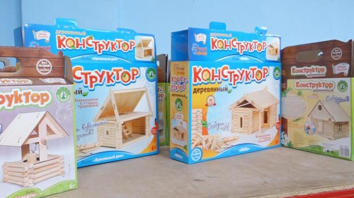 «Русский сувенир» начал выпуск экологических игрушек встиле деревянного зодчества