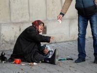 Евростат назвал число жителей ЕС, находящихся за чертой бедности