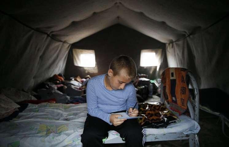 Более 130 тыс. украинцев попросили статус беженца или временное убежище в России