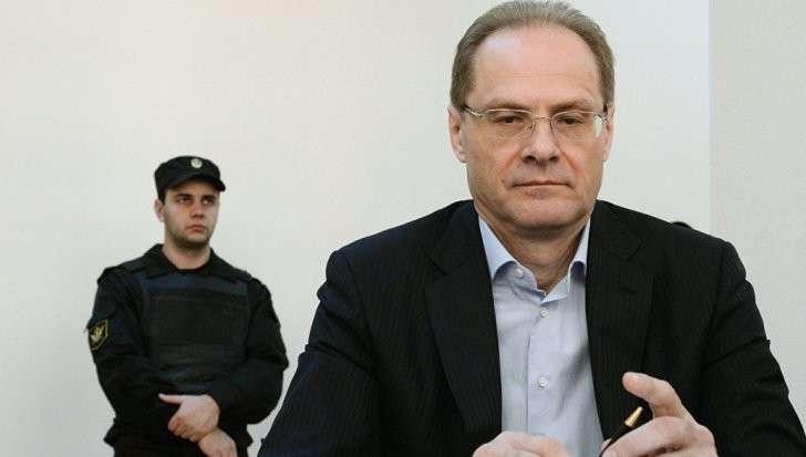 Новосибирск: бывший губернатор Юрченко признан виновным в превышении полномочий