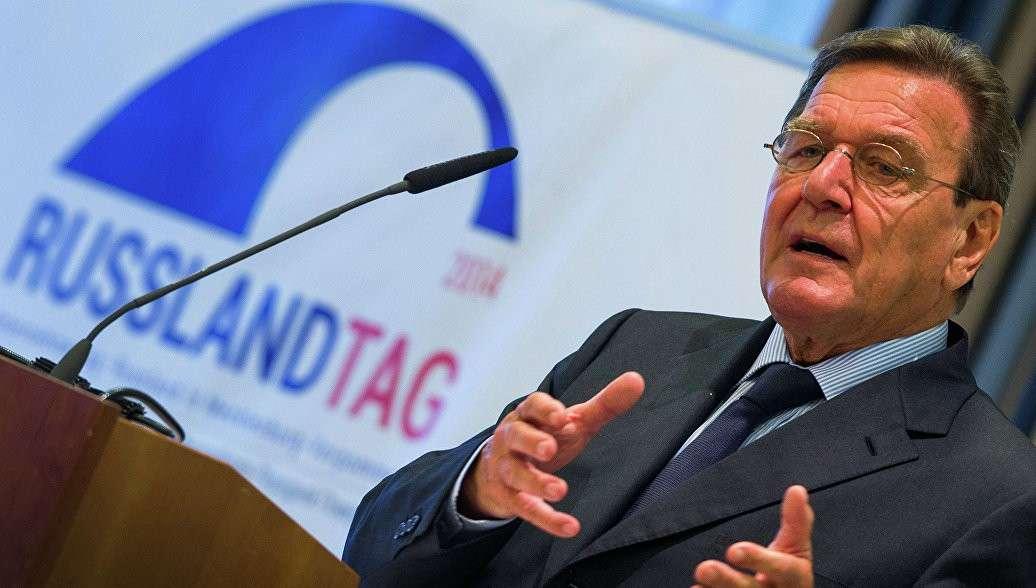 США нужна слабая Россия, а Европе – процветающая, заявил Герхард Шрёдер