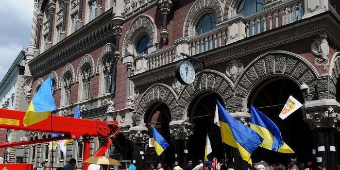Киевские самозванцы воруют самозабвенно