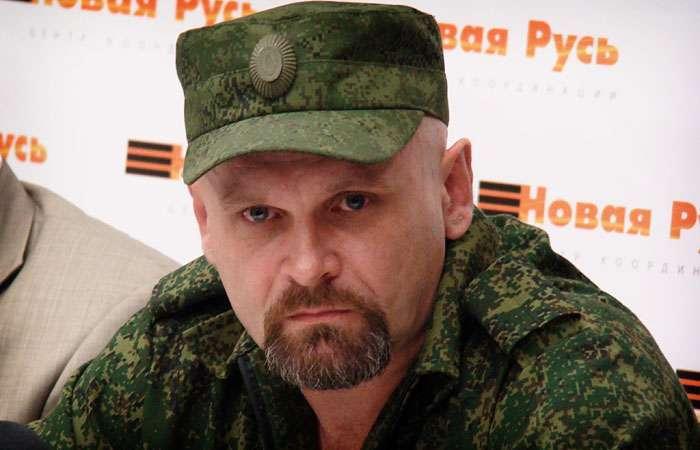«Ты либо солдат, либо дезертир». Командир луганских «Призраков» Александр Мозговой: мужчины беженцами быть не могут