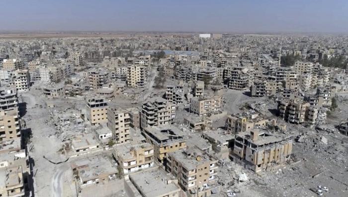 Возглавляемая США коалиция бандитов разбомбила Ракку, как Дрезден в 1945 году