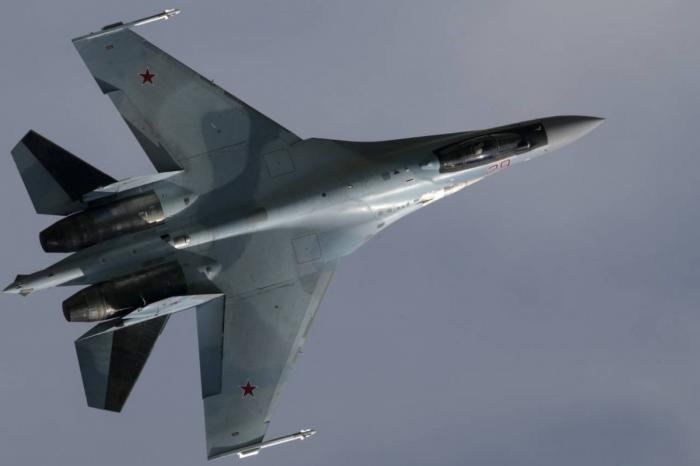 Авиаполку ЗВО в Карелии начата передача звена новейших истребителей Су-35