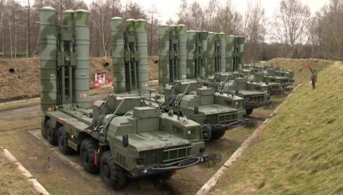 «Алмаз-Антей» передал российской армии второй в текущем году полк ЗРК С-400