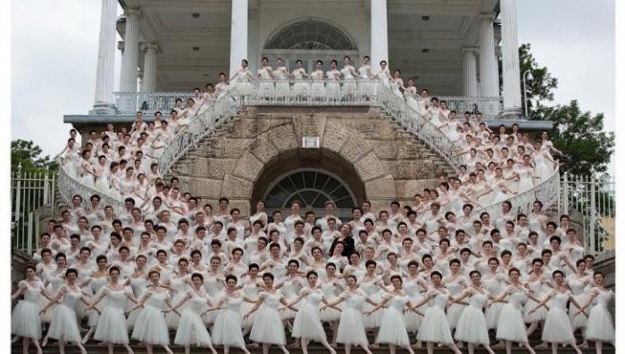 Фильм Матильда: в Петербурге прошла премьера под молитвы и овации