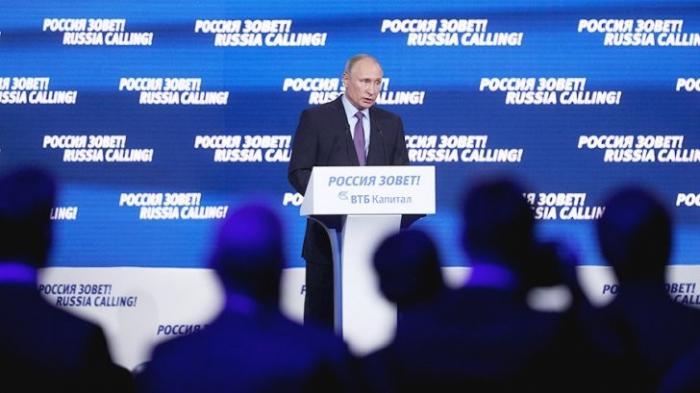 Владимир Путин заявил о постепенном и разумном уходе от службы по призыву
