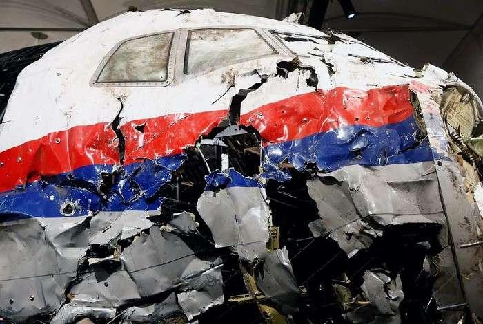 Крушение Боинга MH17 останется засекреченным, решил Верховный суд Нидерландов