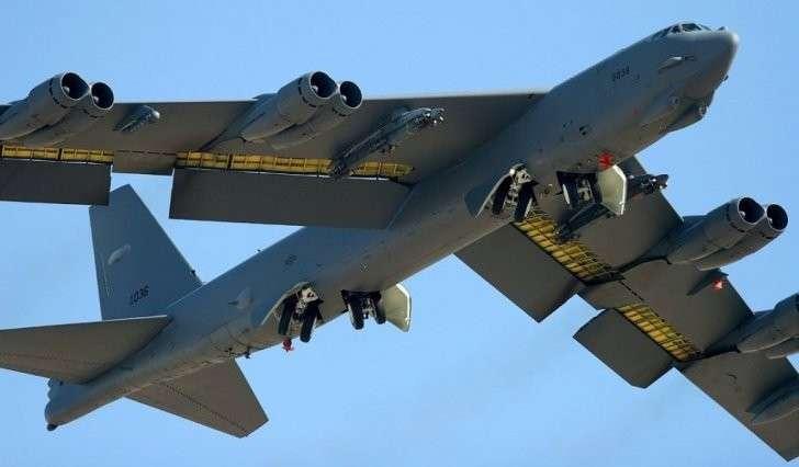 На старенькие бомбардировщики В-52 билетов нет и никто никуда не полетит