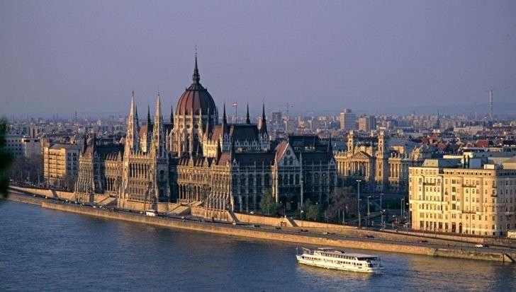 Венгрия сорвала проведение саммита Украина – НАТО. Рука Москвы?
