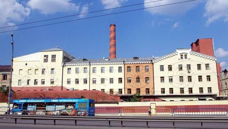 Винница: активисты устроили блокаду фабрики Roshen