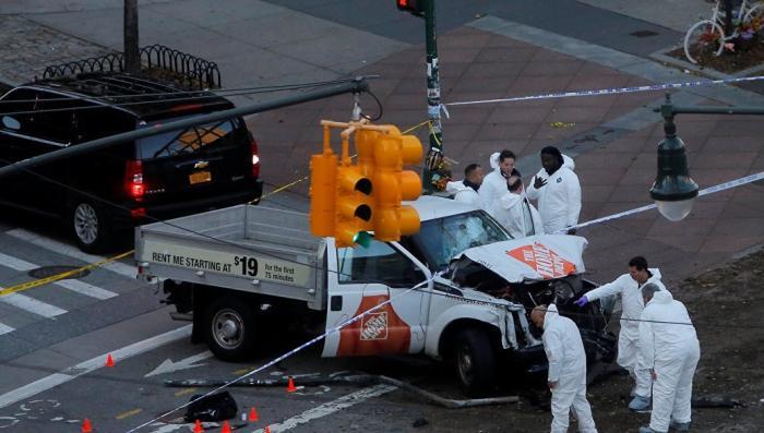 Нью-Йорк, теракт на хэллоин: грузовик въехал в толпу