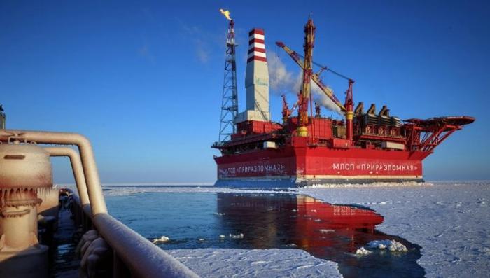 США запретили своим компаниям зарабатывать на русской нефти. Всё пропало?
