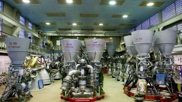 Россия послала пиндосов пешком на орбиту, прекратив поставку ракетных двигателей РД-180
