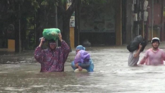 Во Вьетнаме тайфун затопил более тысячи достопримечательностей