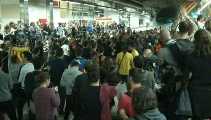 Каталония: в Барселоне заблокирован вокзал из-за ПучДемона