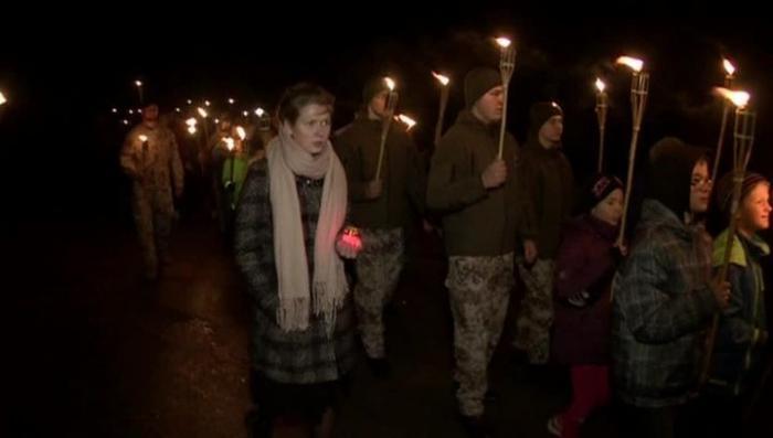 Латвия: факельное шествие в память легионеров Ваффен СС
