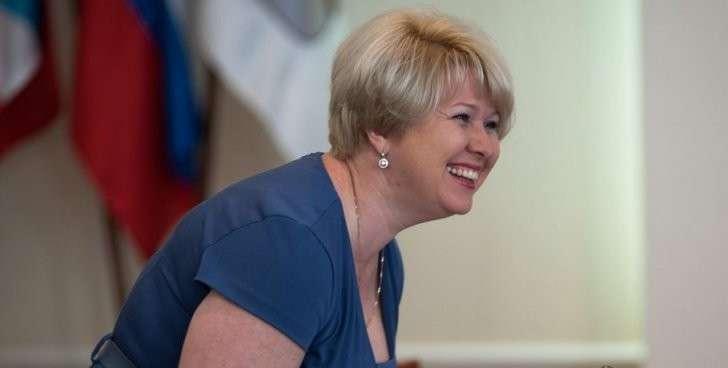 Вице-мэр Омска, заработавшая за год четыре миллиона, пожаловалась на маленькую зарплату