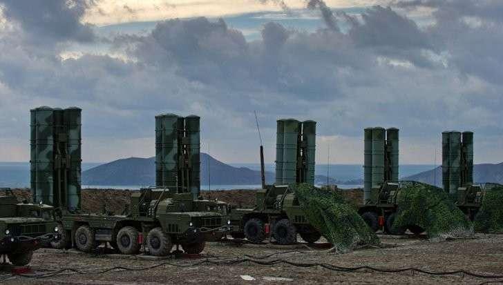 Турция приобрела зенитно-ракетные комплексы С-400 у России