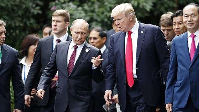 Почему Путин и Трамп не пошли в гости друг к другу на саммите АТЭС?