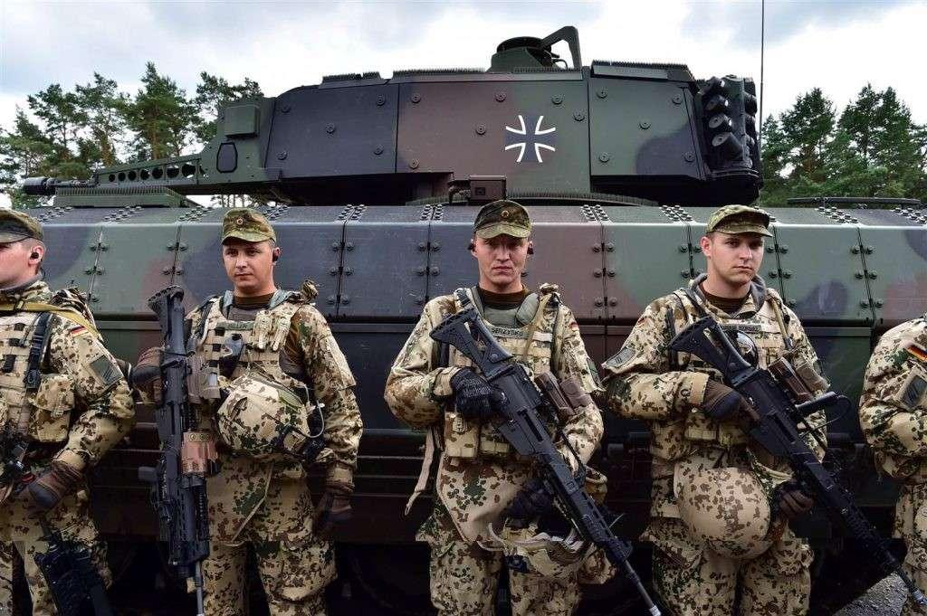 23 страны ЕС начали объединять свои армии и увеличивать оборонный бюджет