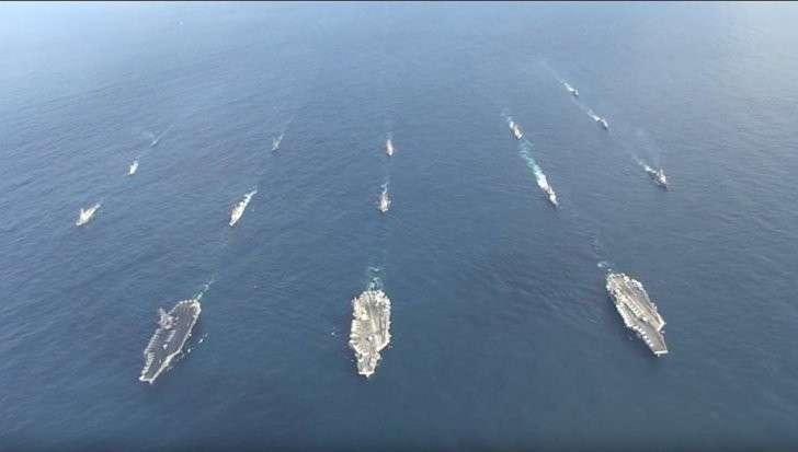 Видео появления трех авианосных ударных группировок у берегов Кореи