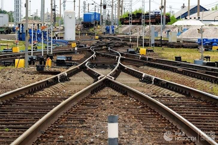 РЖД запускают первые пассажирские поезда в обход территории незалежной