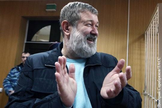 Мальцев, глава секты «Артподготовка», прикидывается «политическим» для получения убежища