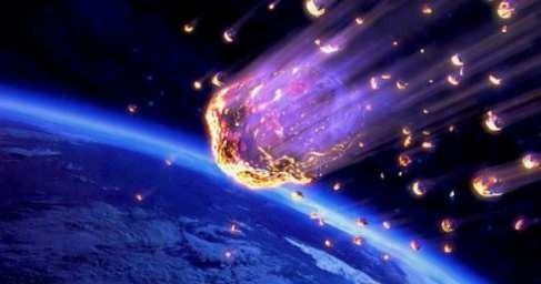 США: кадры падения метеора в Аризоне выложили в сеть