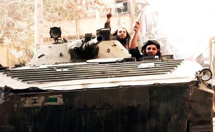США перебрасывают террористов ИГ из Сирии в Африку