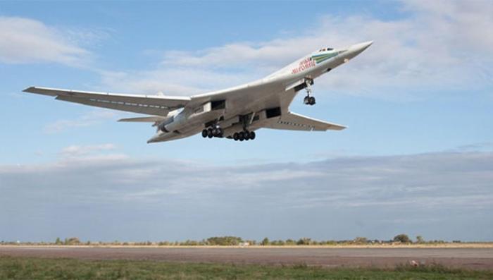 В Казани выкатили новый стратегический ракетоносец Ту-160М2