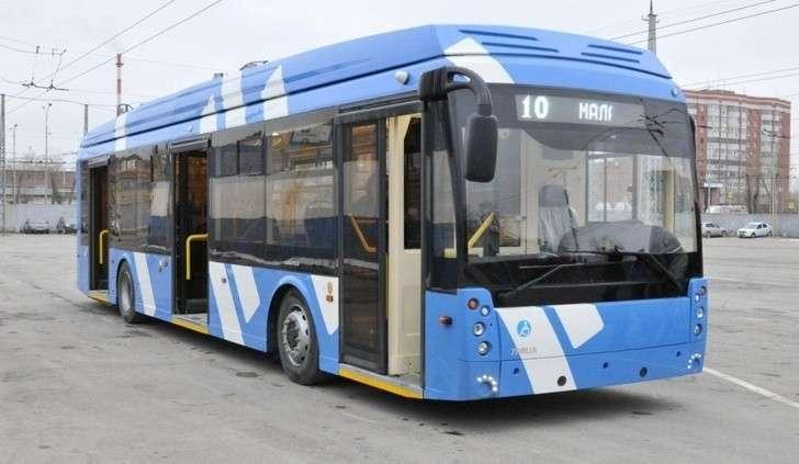ВЕкатеринбурге начали тестировать первый электробус сувеличенным автономным ходом