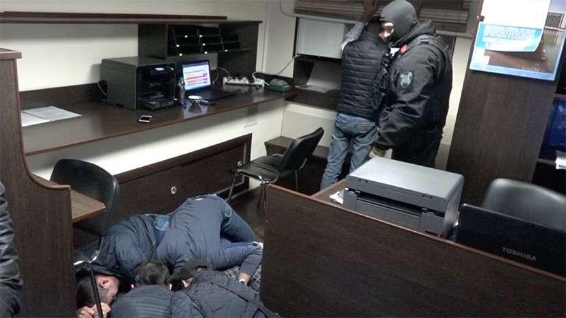 ФСБ задержала группу граждан из Центральной Азии – организаторов нелегальной миграции