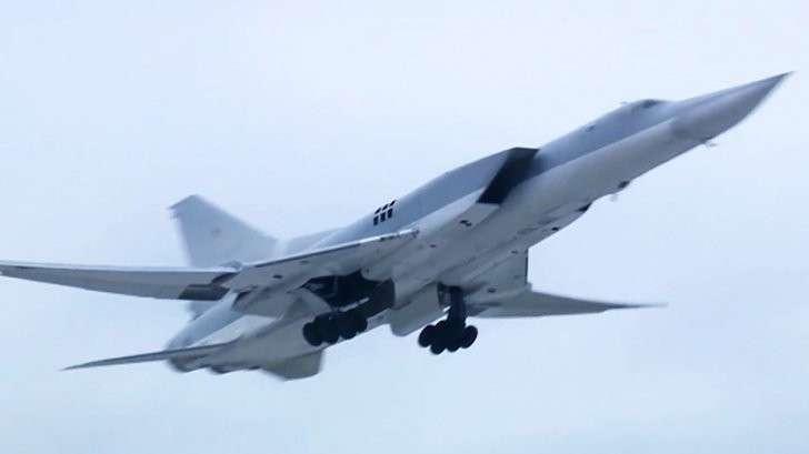 Сирия: дальняя авиация России нанесла новый удар по американским наёмникам