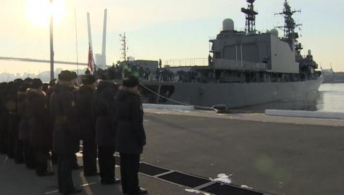 Во Владивосток прибыл японский эсминец «Хамагири» для участия в совместных манёврах