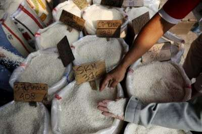Пластиковый рис из Китая поступил в российские магазины