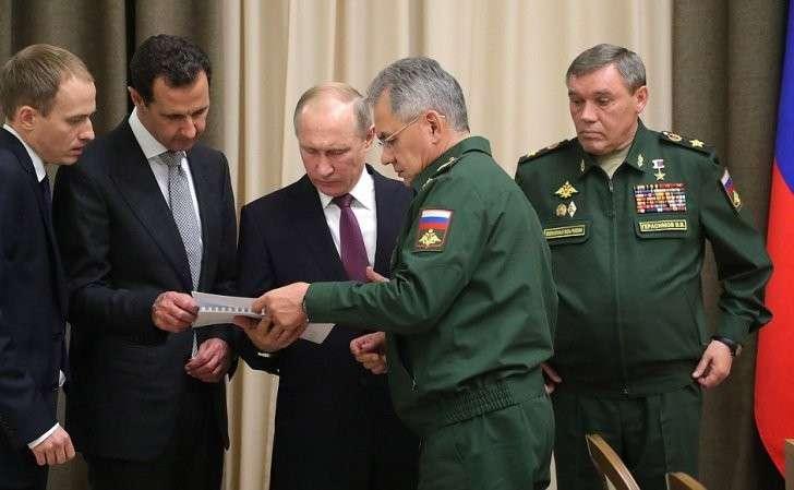 СПрезидентом Сирийской Арабской Республики Башаром Асадом навстрече сруководящим составом Министерства обороны иГенерального штаба Вооружённых Сил Российской Федерации.